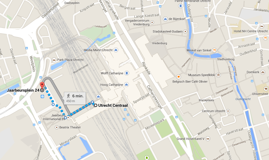 Map of Utrecht Central Station with the old city on the right (west) and the hotel on the left (east)